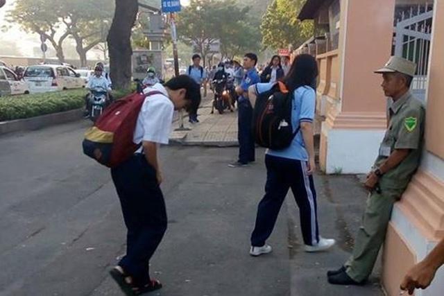 Kết quả hình ảnh cho Người Việt không xấu xí: Cái cúi đầu đánh thức ngành giáo dục