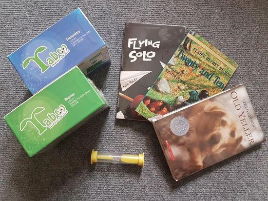 Picture of Combo hai hộp Taboo; tặng 01 sách gốc Tiếng Anh và 01 đồng hồ cát
